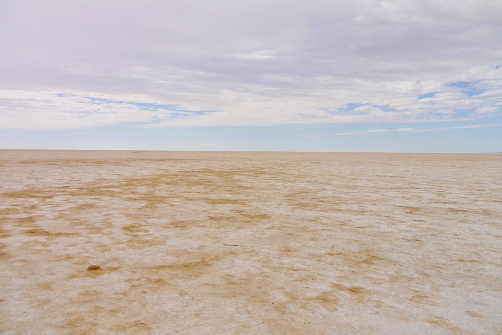 Unendliche Weite: Blick auf Lake Eyre North - Level Post Bay - South Australia