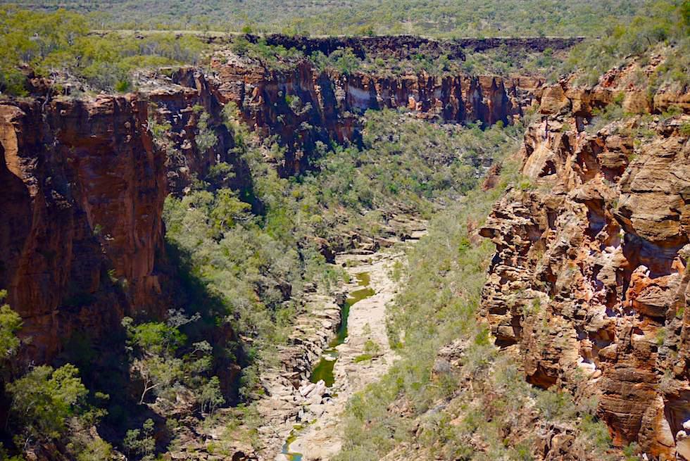 Faszinierde Porcupine Gorge - schwarzer Basalt & bunter Sandstein - Queensland