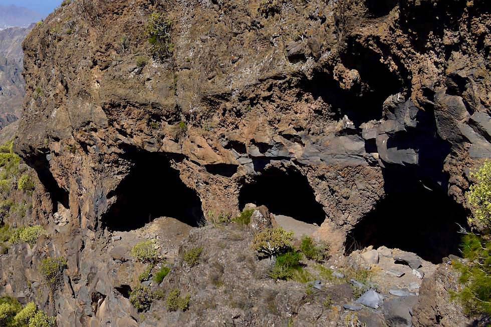 Roque Bentayga - Höhlen von Ureinwohnern genutzt - Gran Canaria