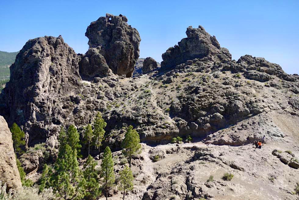 Roque Nublo Wanderung - Blick auf 1. Felsplateau - Gran Canaria