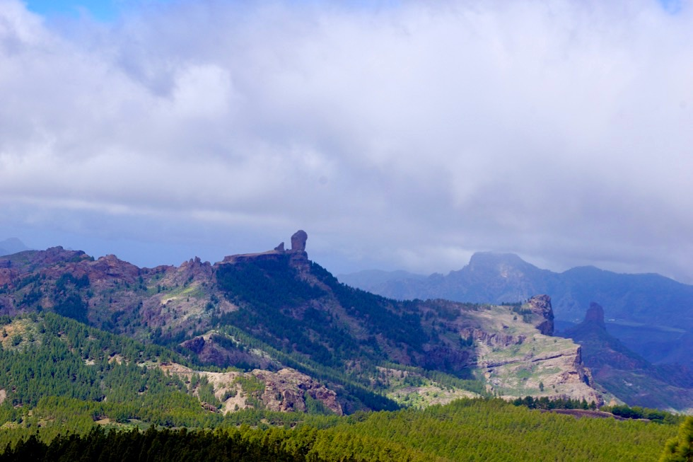 Roque Nublo & Wolken - Gran Canaria