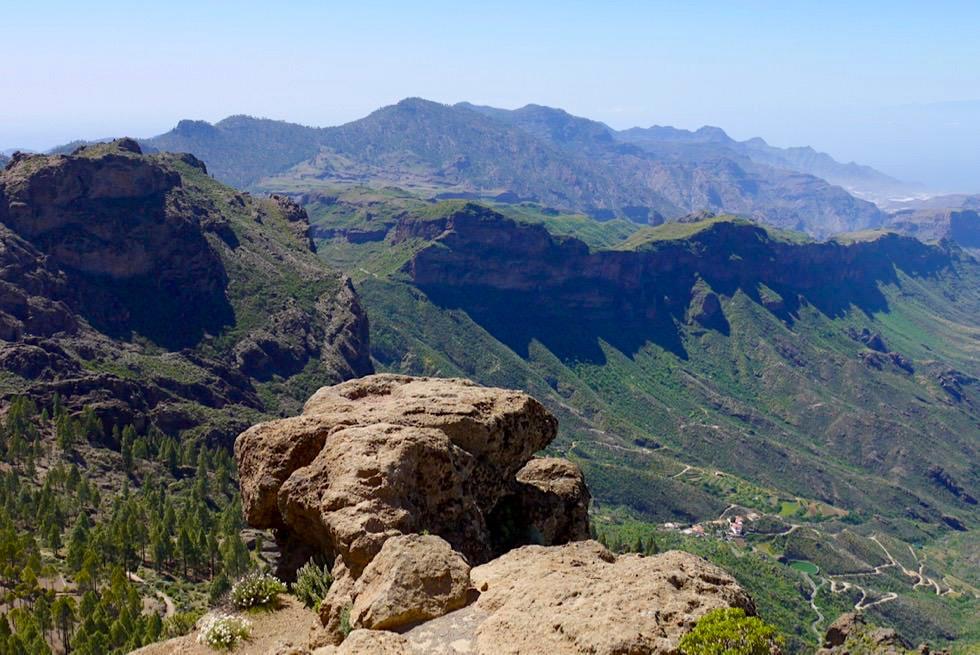 Roque Nublo Wanderung - Wolkenfels Gipfelblick - Gran Canaria