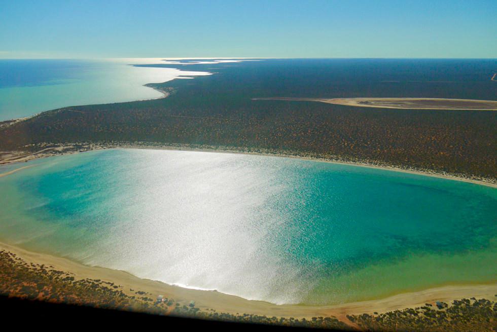 Shark Bay Highlights - Little Lagoon von oben gesehen - Denham - Western Australia