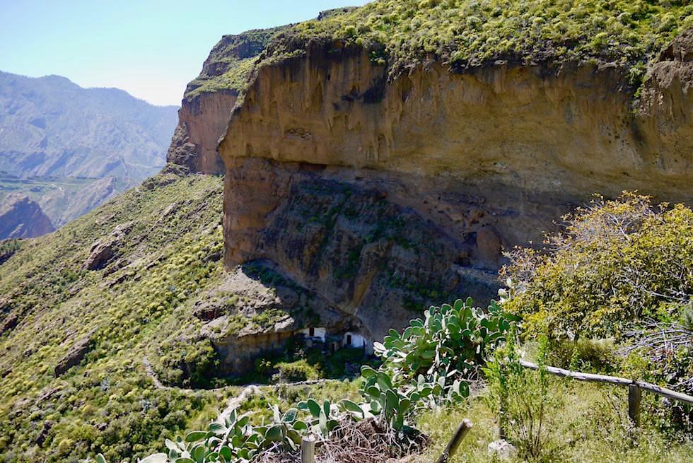 Acusa Seca - Höhlensiedlung & Blick auf die Felsen - Artenara - Gran Canaria