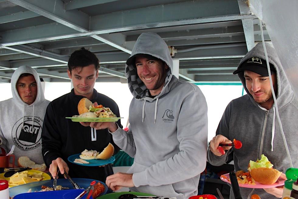 Schnorcheln mit Walhaien - Coral Bay Eco Tours - Mittagessen auf dem Boot - Ningaloo Reef - Western Australia