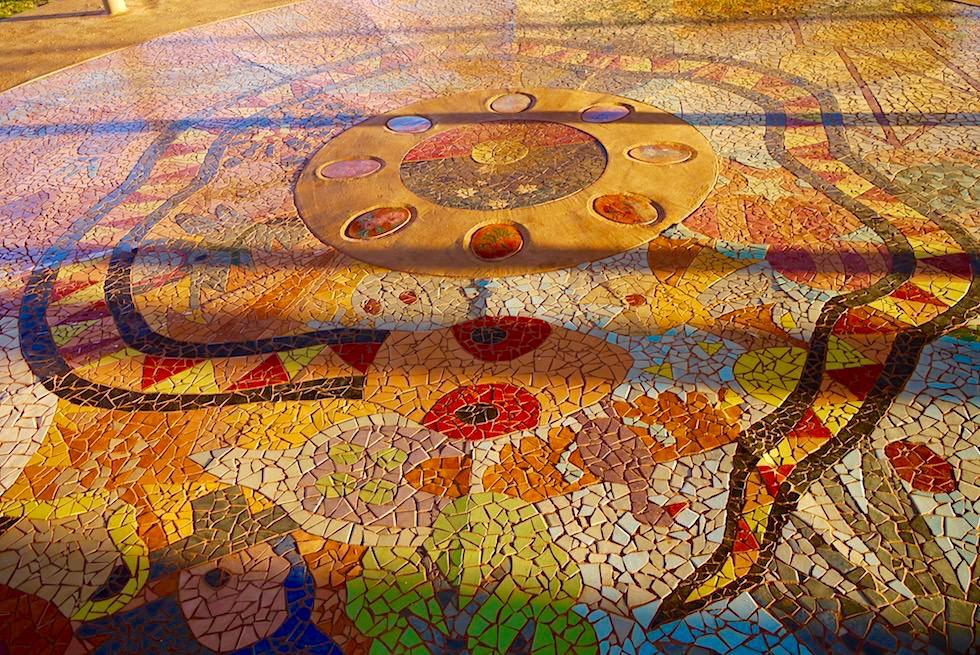 Derby - Community Mosaik Tile Floor bei der Derby Wharf - Kimberley - Western Australia