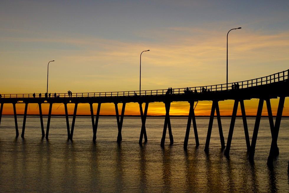 Feuriger Sonnenuntergang - Derby Landungssteg - Kimberley - Western Australia
