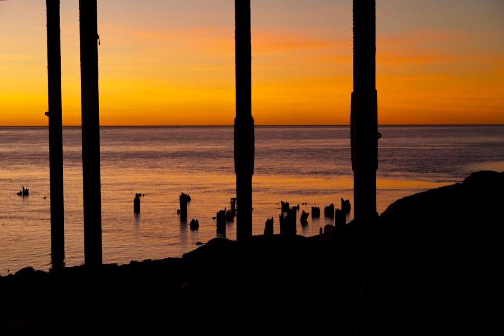 Feuriger Sonnenuntergang - Derby Unter dem Landungssteg - Kimberley - Western Australia