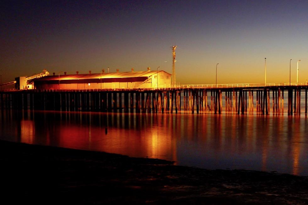 Nach dem Sonnenuntergang - Derby Jetty & Derby Wharf - Kimberley - Western Austalia