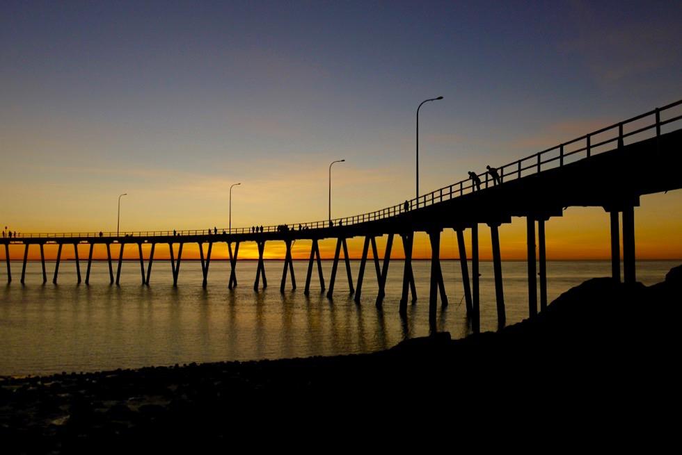 Feuriger Sonnenuntergang - Derby Jetty - Kimberley - Western Australia