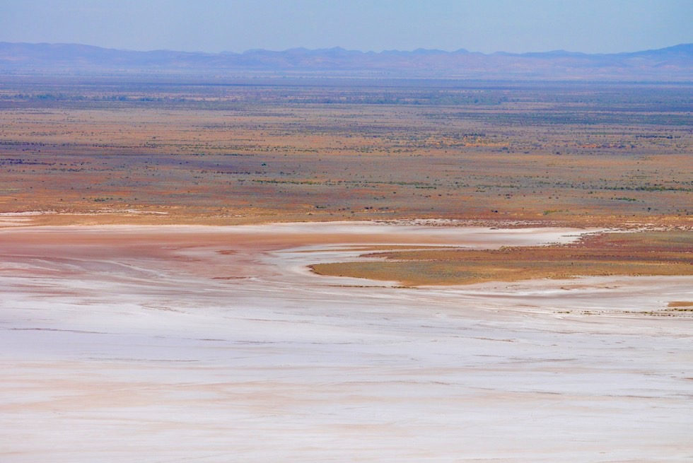 Flinders Ranges Scenic Flight - Lake Frome Uferbereich - Arkaroola - Outback South Australia