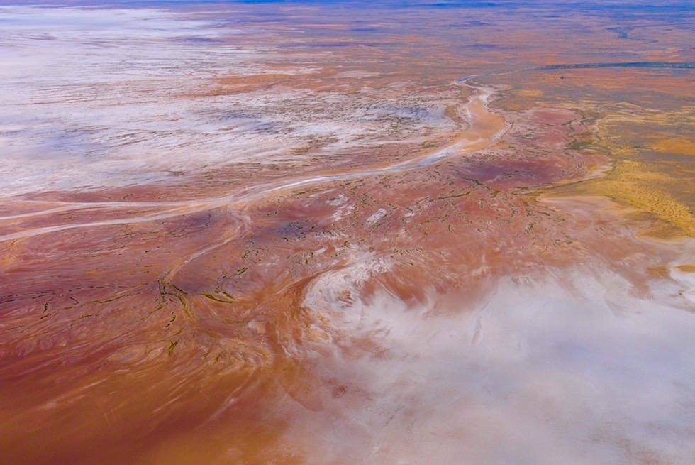 Flinders Ranges Scenic Flight: Lake Frome - Natur malt mit Wasserfarben - Arkaroola - Outback South Australia