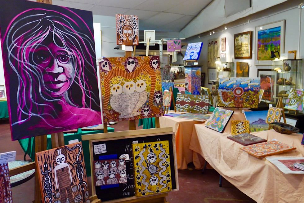 Marc Norval Gallery in Derby - Gemälde lokaler Künstler - Kimberley - Western Australia