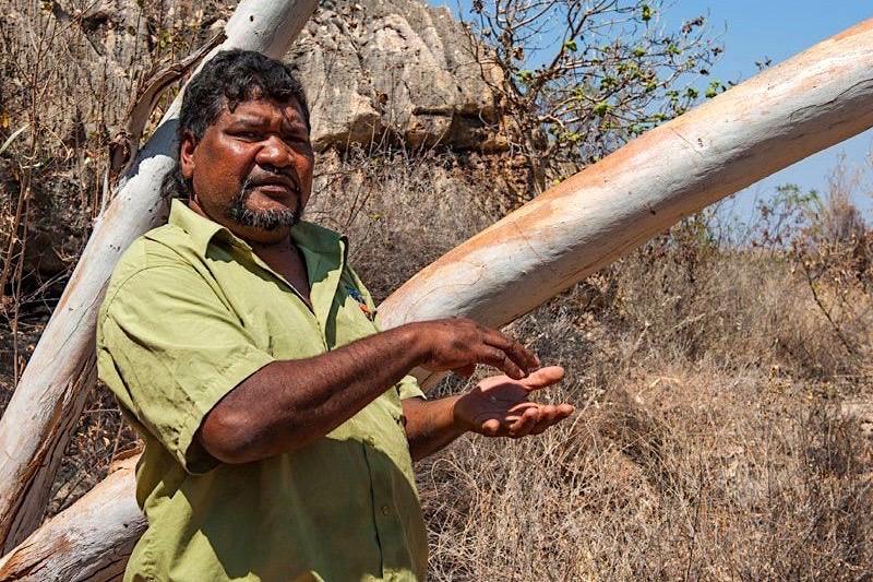 Mimbi Caves Aboriginal Tour - Ronnie Tourguide - Kimberley - Western Australia