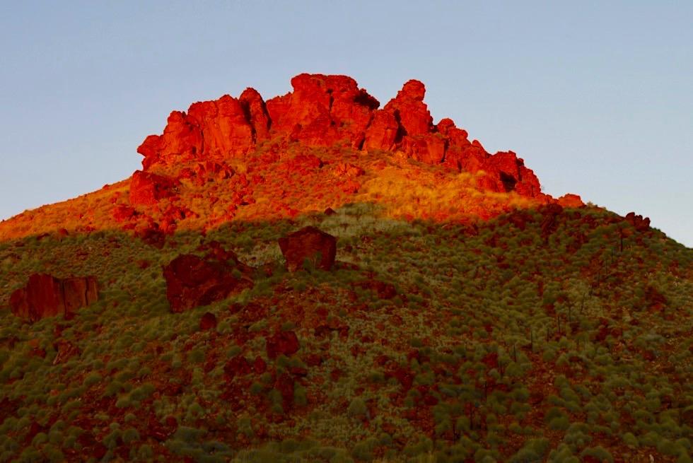 Ngumban Cliffs - Felsen leuchten im Sonnenuntergang - Kimberley - Western Australia
