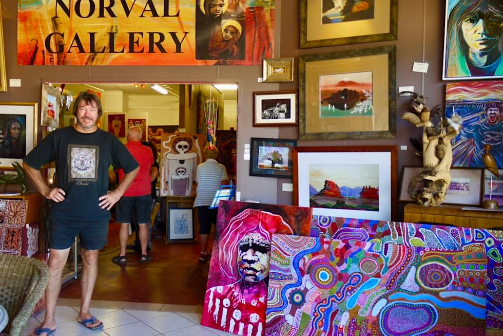 Norval Gallery mit Marc Norval - Derby - Kimberley Region - Western Australia