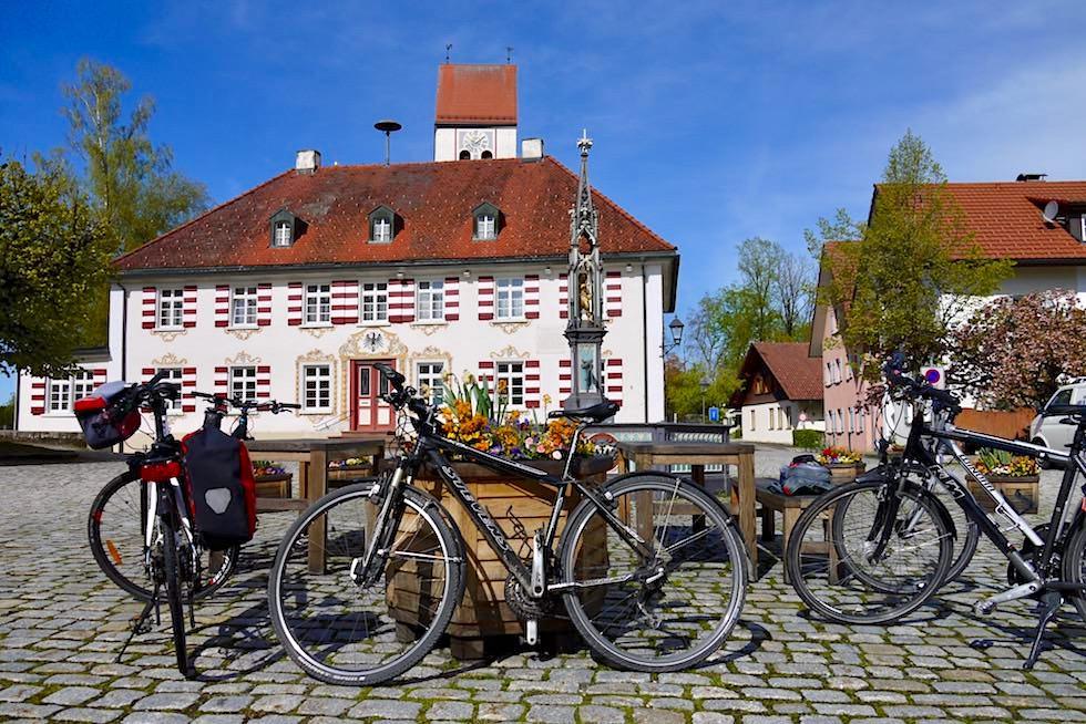 Radrunde Allgäu - Eglofs mit Dorfplatz & Rathaus - Baden-Württemberg