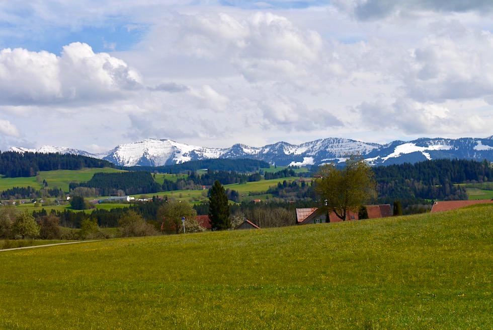 Radrundweg Allgäu - Grandiose Ausblicke nach jeder Steigung in der Nähe von Lindenberg - Bayern