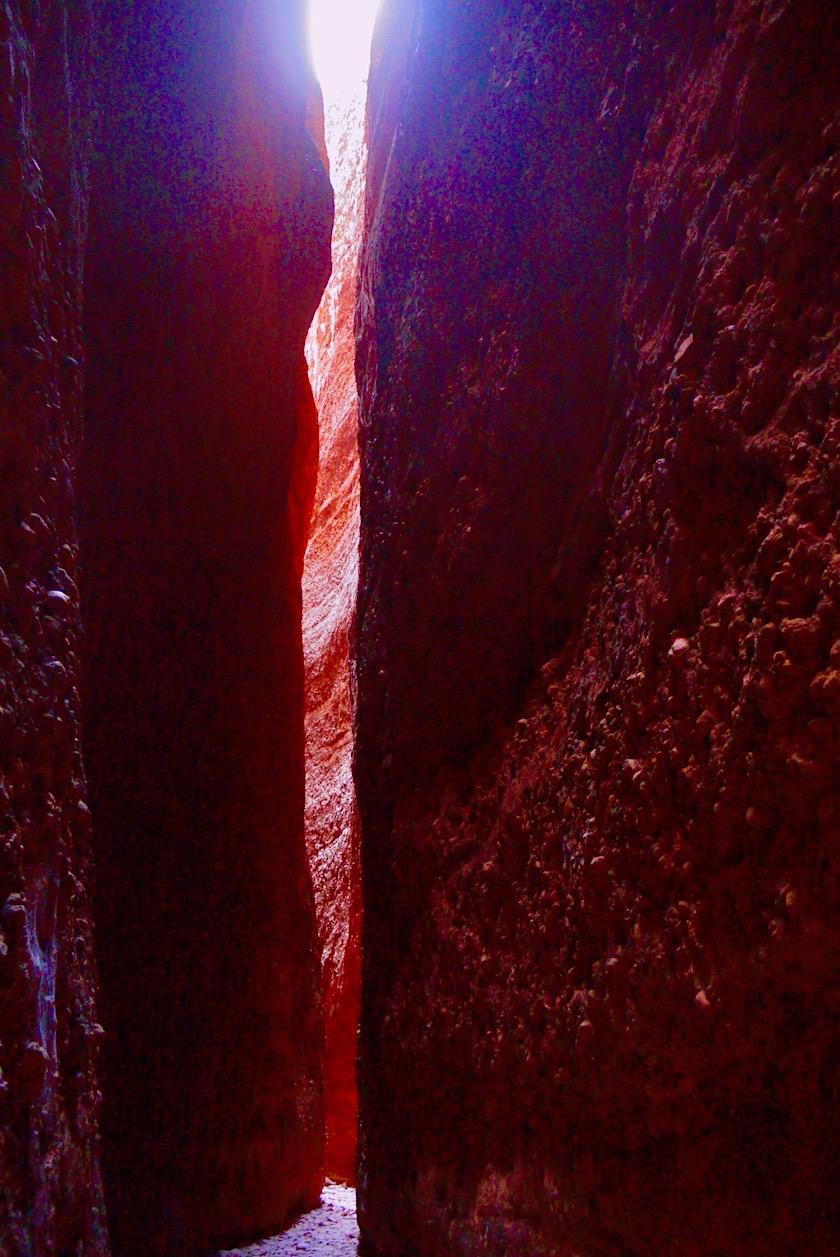 Echidna Chasm - Enge atemberaubende Spalten entstanden vor Jahrmillionen aus Erosion - Purnululu NP - Kimberley - Western Australia