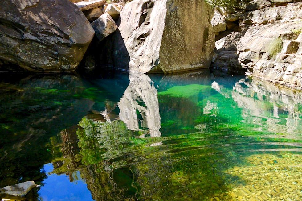 Emma Gorge Walk - Strahlender Turquoise Pool - El Questro - Kimberley - Western Australia