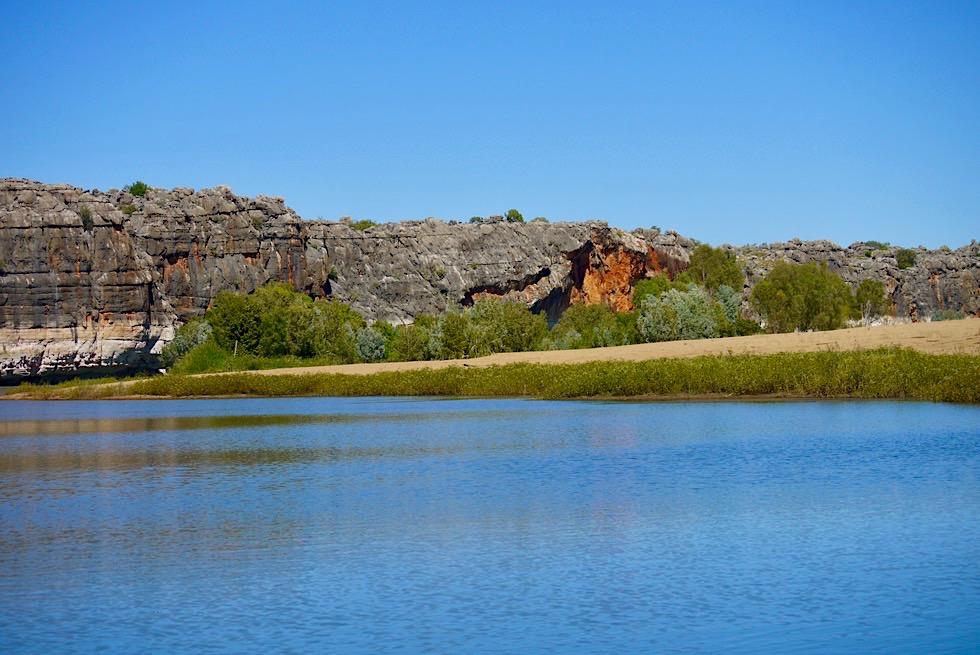 Geikie Gorge Bootstour - Weite Sandbank & Felsen - Fitzroy River - Kimberley, Western Australia