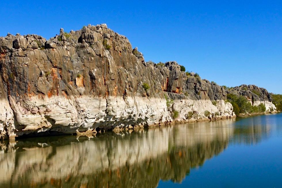 Geikie Gorge - Farben der Schlucht & Wasserspiegelungen am Nachmittag - Fitzroy River - Kimberley - Western Australia
