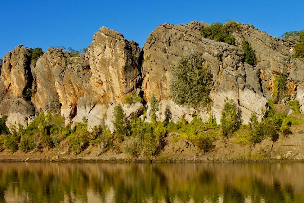 Geikie Gorge Sunset Boat Tour - Farben und Wasserspiegelungen zu Beginn der Tour - Fitzroy River - Kimberley - Western Australia