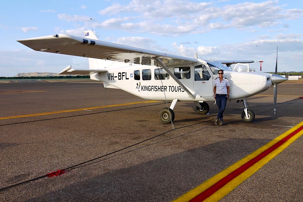 Kingfisher Tours Kununurra - Flugzeug für unseren Wandjina Explorer Rundflug - Kimberley - Western Australia