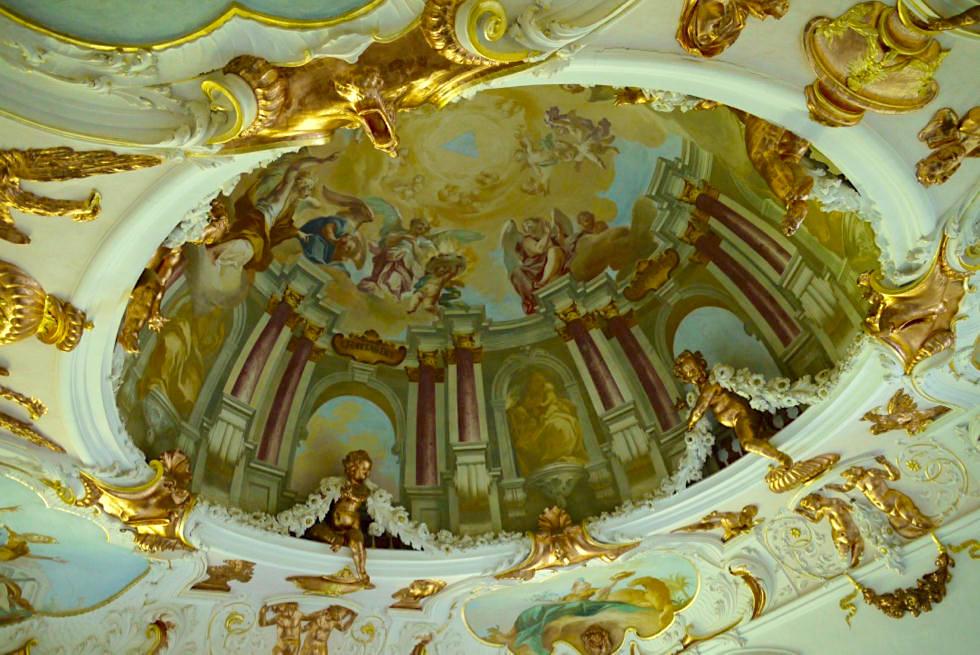 Kloster Ottobeuren - Lebendige Deckenfresken als Ausdruck des Barock - Allgäu - Bayern