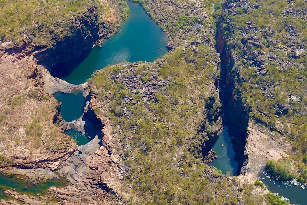Atemberaubend schöne Vogelperspektive: Mitchell Falls - Wandjina Explorer & Kingfisher Scenic Flights - Kimberley - Western Australia