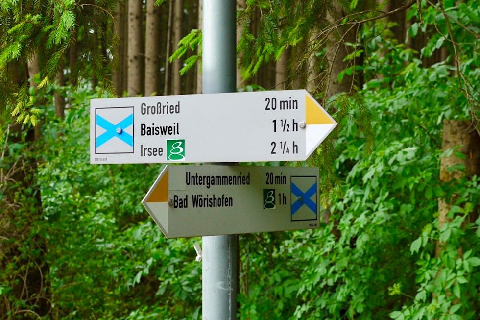 Wiesengänger Etappe 02 - Wegweiser markieren deutlich die Route - Allgäu - Bayern