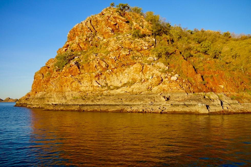 Best of Lake Argyle - Unsere Sonnenuntergang-Insel erstrahlt in hellem Orange - Kimberley - Western Australia