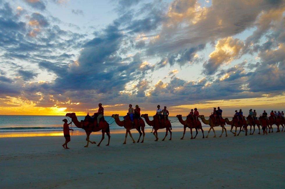 Cable Beach bei Broome - Kamelausritt in den Sonnenuntergang - Kimberley - Western Australia