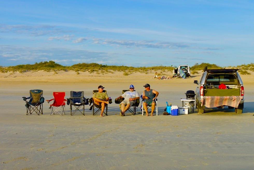 Cable Beach - Gemütliches Beisammensein & Warten auf den Sonnenuntergang - Broome - Kimberley - Western Australia