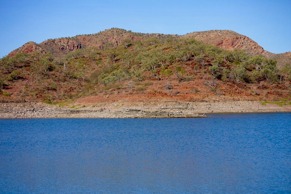 Lake Argyle - Große Bergkuppen bilden Inseln - Kimberley - Western Australia