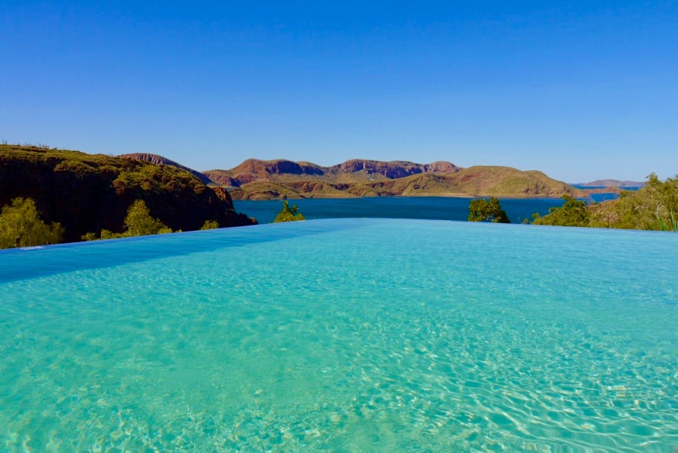 Lake Argyle Resort: Bekannt & beliebt: der Infinity Pool - Kimberley der scheinbar übergangslos in den Lake Argyle übergeht - Western Australia