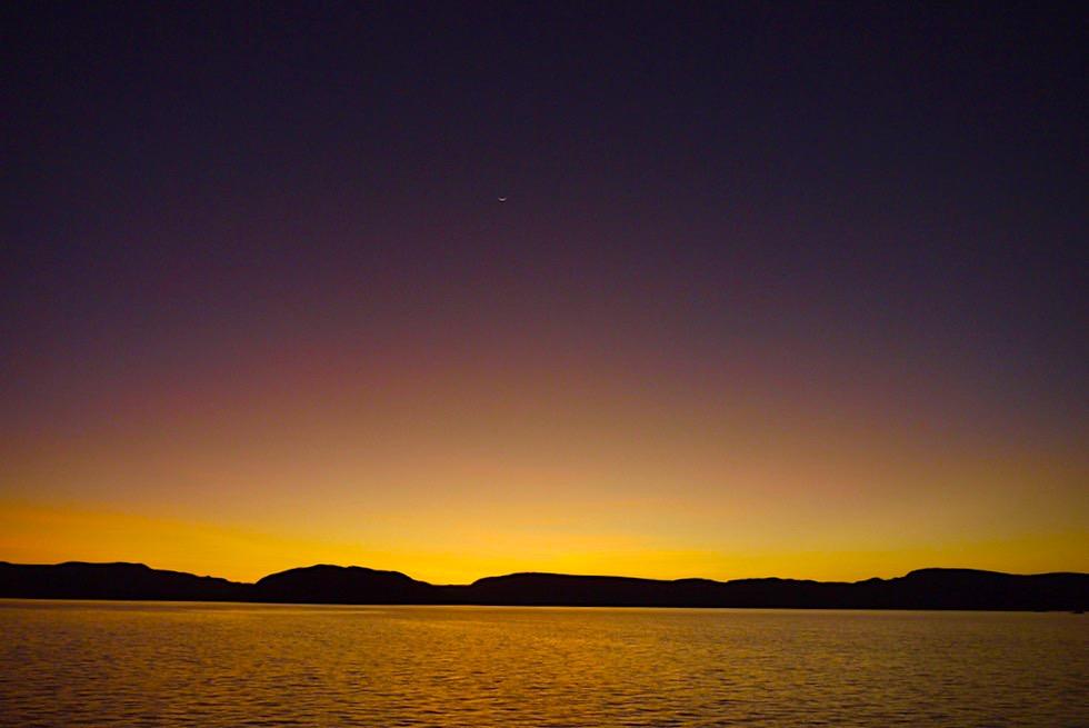 Best of Lake Argyle Cruise: Stimmung bevor Nacht einbricht auf dem Lake Argyle - Kimberley - Western Australia