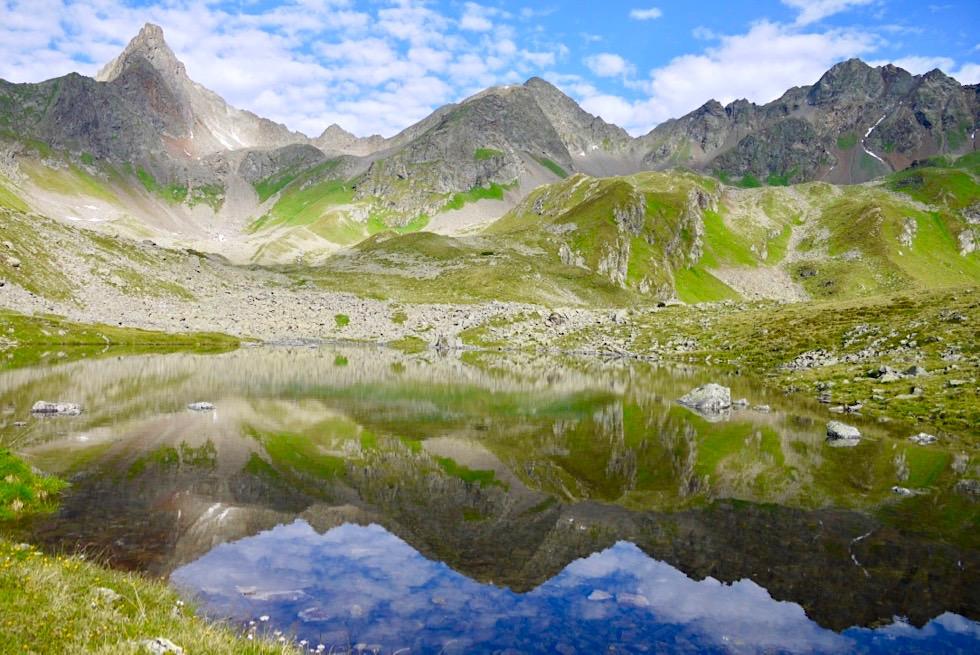 Niederelbehütte mit See - Wunderschöne Spiegelungen der Bergkulissen - Verwall Gruppe - Paznaun, Tirol - Österreich