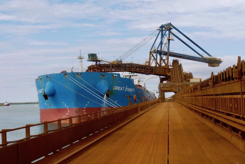 Port Hedland - Iron Ore Tour: Beladung der Frachtschiffe mit Eisenerz - Pilbara - Western Australia