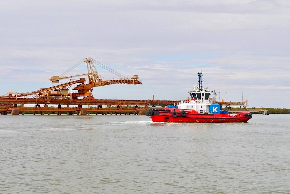 Port Hedland - Lotsenboote rangieren die großen Schiffe im Hafen - Pilbara - Western Australia
