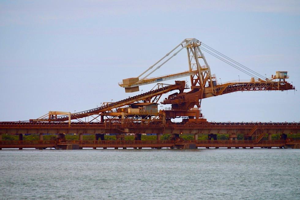 Port Hedland - Verlade-Anlagen von Eisenerz im Hafen - Pilbara - Western Australia