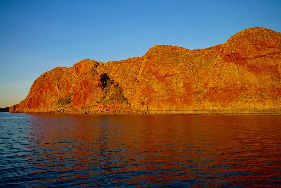 Best of Lake Argyle - Spektakulärer Sonnenuntergang an den Felsen im Lake Argyle - Kimberley - Western Australia