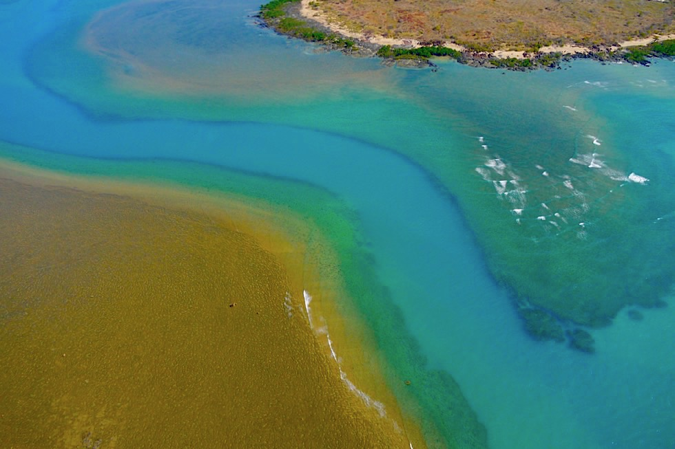 Wandjina Explorer Scenic Flight - Faszinierende Farben unberührter Natur: Kimberley Nord-Küste - Kingfisher Tours - Western Australia