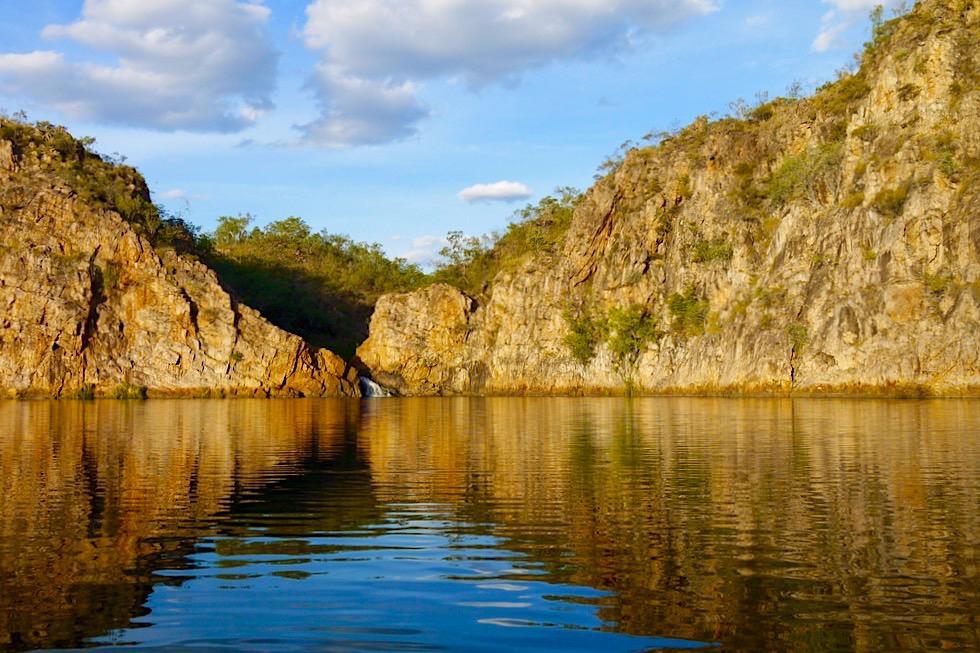 Edith Falls - Faszinierendes Farbenspiel: Main Pool kurz vor Sonnenuntergang - Nitmiluk National Park - Northern Territory