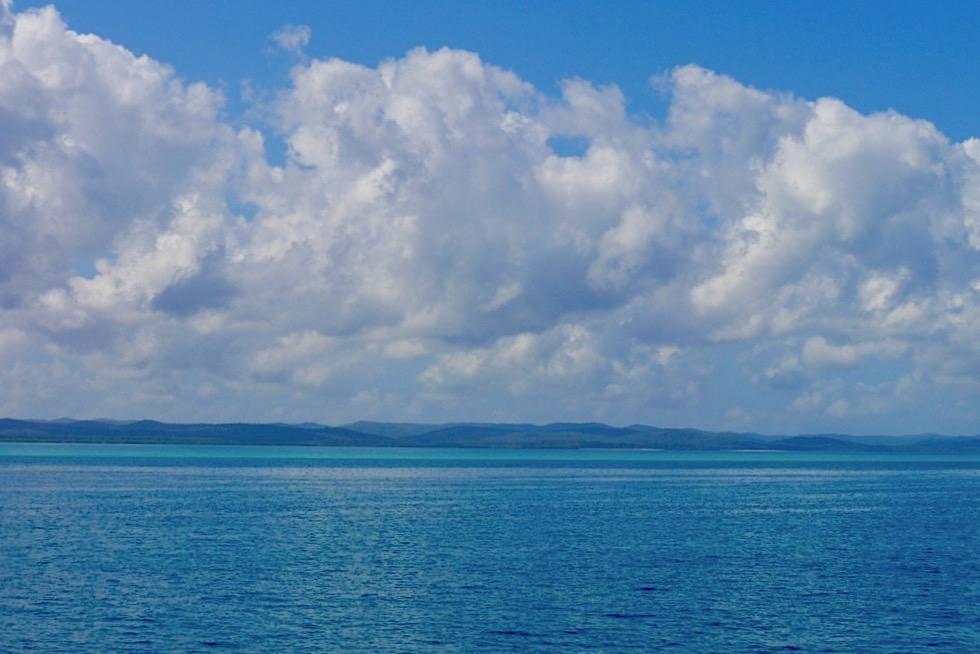 Hervey Bay - Seltsame Wolken-Sonne-Stimmung in der Bucht - Queensland