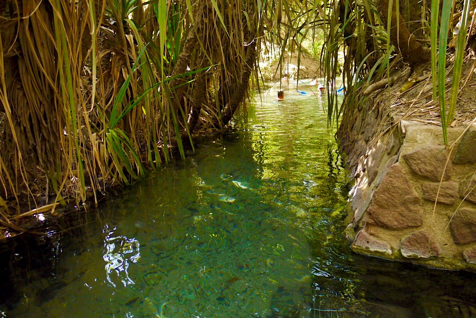 Katherine Hot Springs - Verengungen zwischen den Pool-Becken - Thermalquellen in Northern Territory