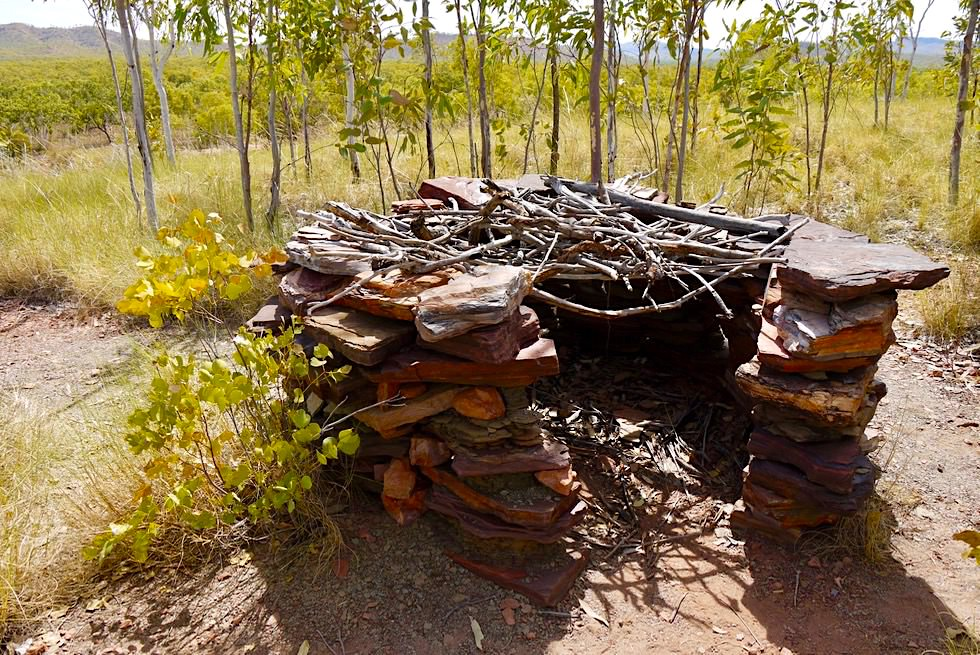 Keep River National Park - Ginger's Hill Walk & Aboriginal Bauwerk zur Greifvogeljagd - Top End, Northern Territory