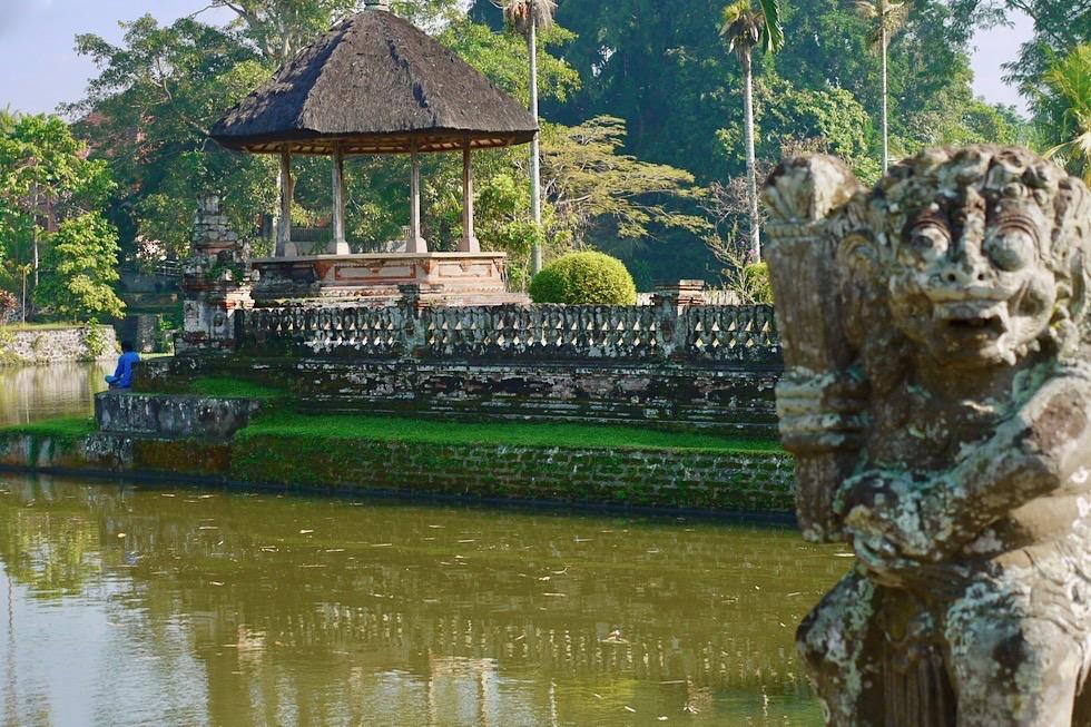 Pura Taman Ayun - Brücke & gespaltenes Eingangstor führen in den Außenbereich des Tempels - Bali - Indonesien