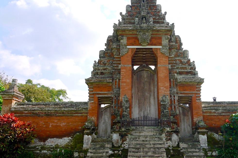 Pura Taman Ayun in Mengwi - Eingangstor zum Innenbereich des Tempels - Bali