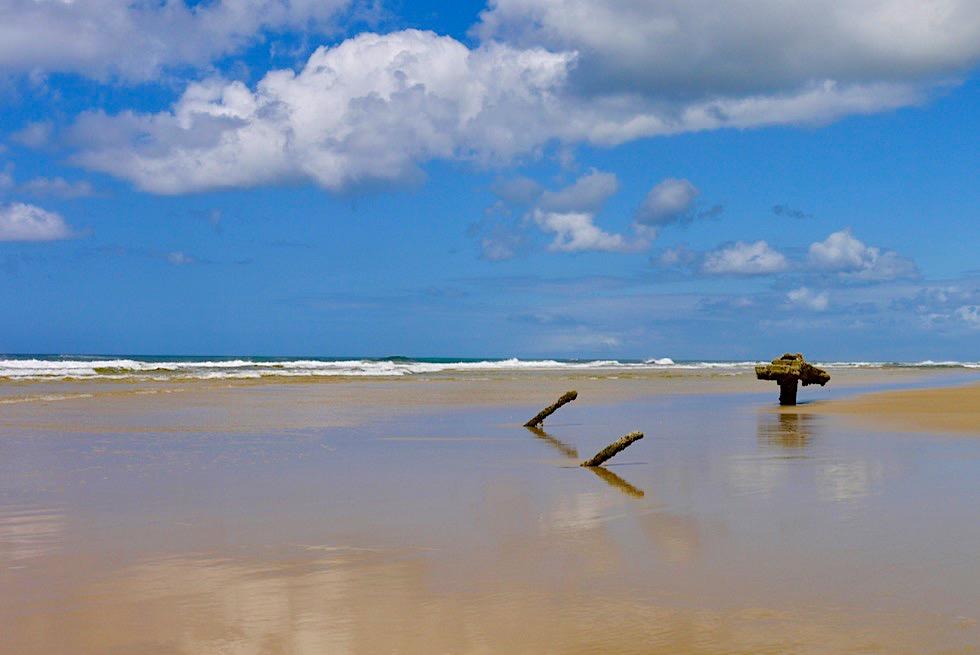 Fraser Island - 75 Mile Beach beim Maheno Schiffswrack - Queensland
